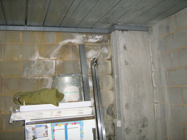 leaking-garage-basement-02
