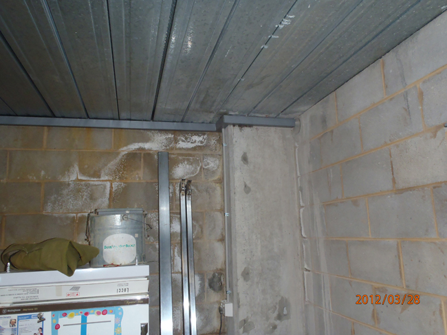 leaking-garage-basement-091